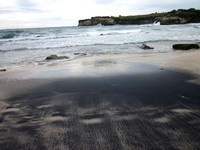 Pantai Klayar yang tak kalah eksotis (Naryani Soepandi/dtraveler)
