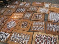 Lukisan kulit kayu khas Papua (Sastri/ detikTravel)
