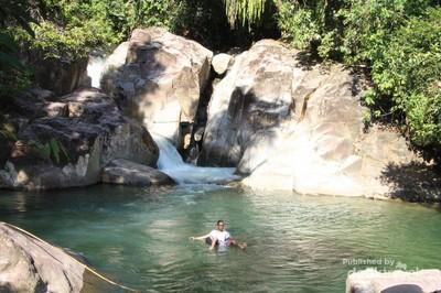 Lubuak Ngalauan, Air Terjun Cilik di Dalam Hutan Padang