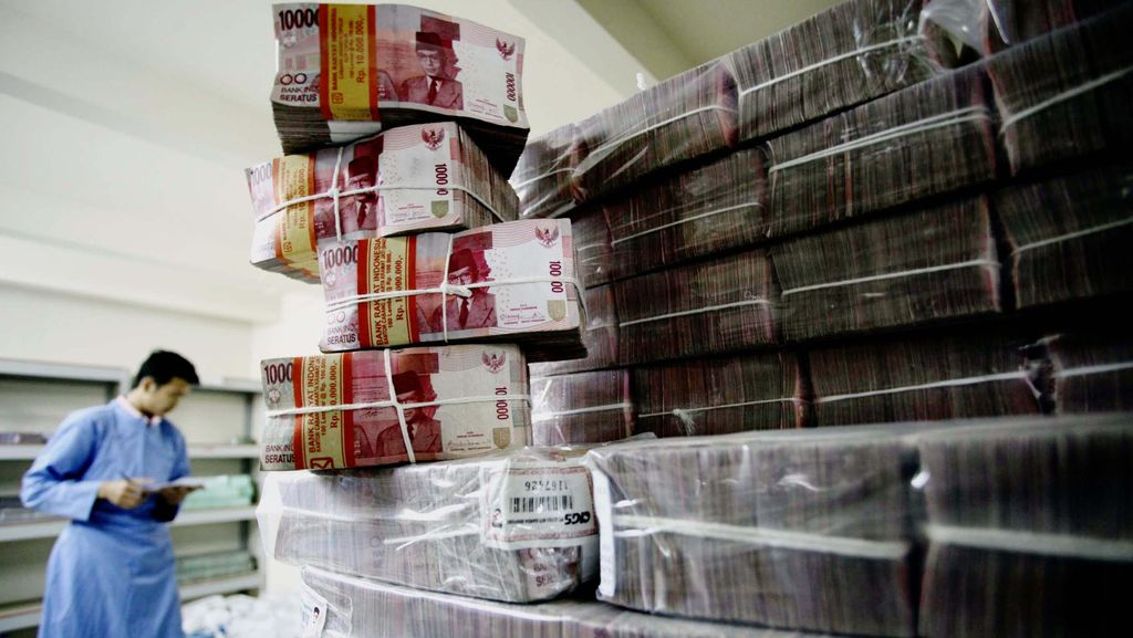 TKI Sudah Pakai e-Channel Bank Kirim Uang Lebaran ke RI