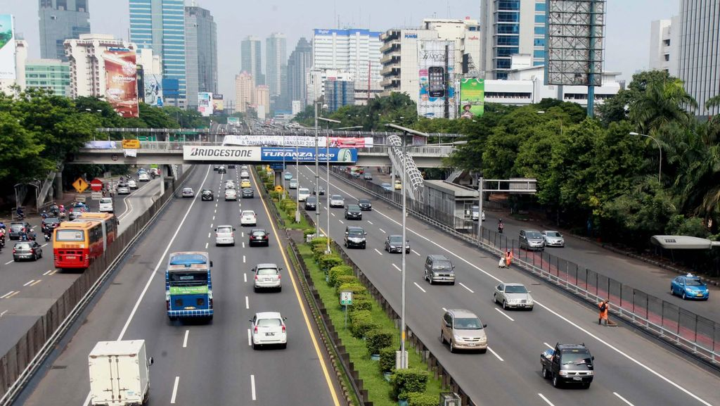 Catat! Daftar Gerbang Tol yang Bertahap Tak Terima Bayar Tunai