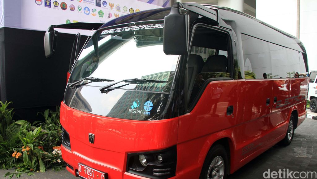Pemerintah Siapkan Mobil Listrik Buatan Anak Bangsa, Dipesan 2020