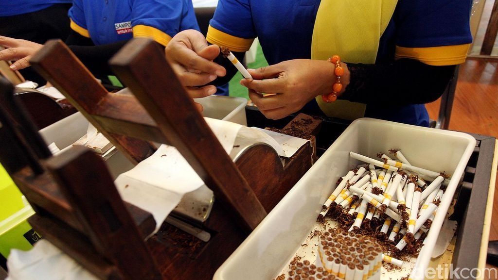 Ini Sebabnya Industri Rokok Tumbuh Pesat di Indonesia