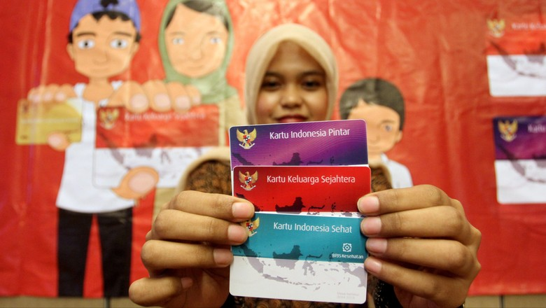 Gebrakan 3 Kartu Sakti Jokowi