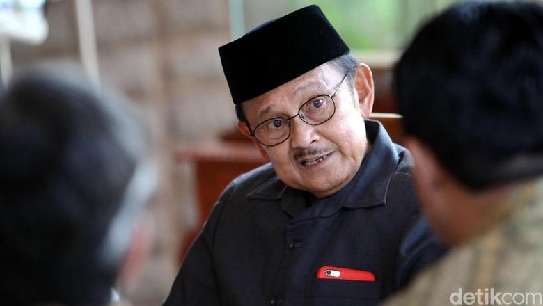 BJ Habibie: Indonesia Perlu SDM Terbarukan untuk Majukan Bangsa