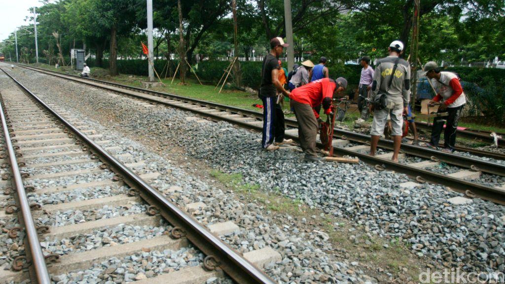 Kereta Kencang JKT-SBY Bakal Gunakan Tenaga Listrik