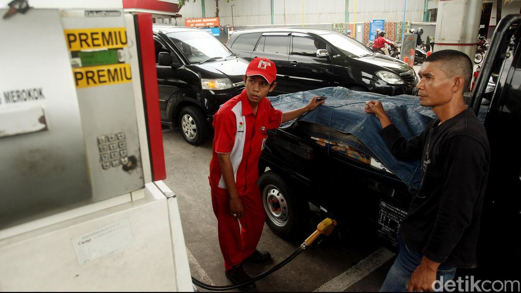 Inflasi 2017 Bakal Tinggi, Jokowi Harus Hati-hati Soal Harga BBM