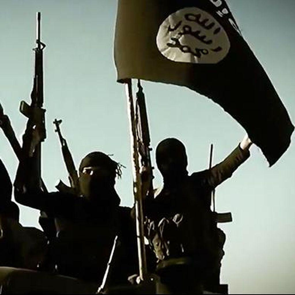 Serangan Bom ISIS Tewaskan Lebih dari 40 Orang di Suriah