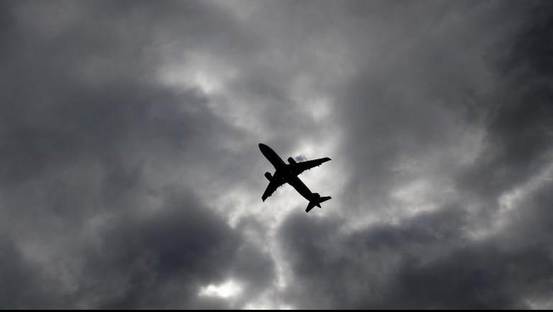 Ada Gangguan, Pesawat American Airlines Dikawal 2 Jet Tempur AS