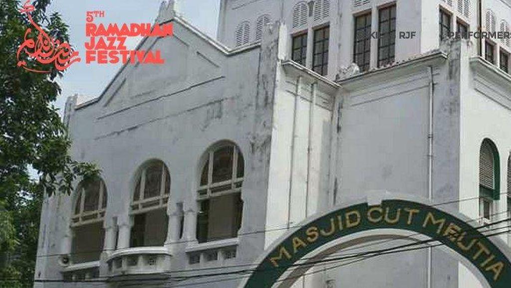 Remaja Jadikan Masjid Cut Meutia Pusat Aktivitas: Festival Jazz hingga Baksos