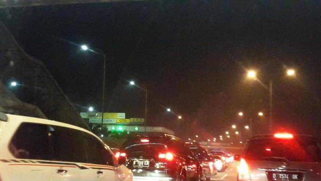 Antisipasi Mudik Lebaran, Jasa Marga Kebut Pembangunan Parking Bay