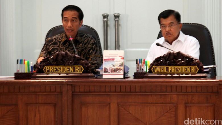 Jokowi Kumpulkan Menteri, Gelar Sidang Kabinet Paripurna di Istana