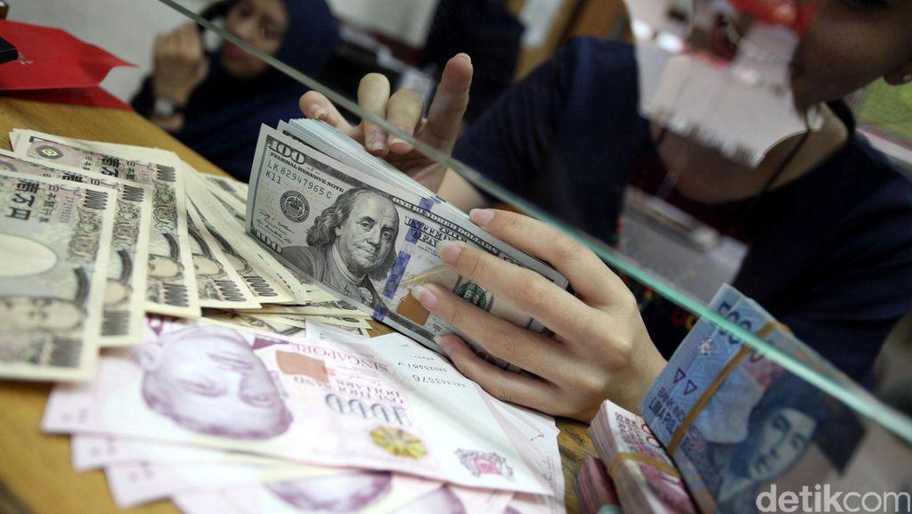 Rupiah Menang Atas Dolar AS di Januari, Keok Lawan Yen dan Euro