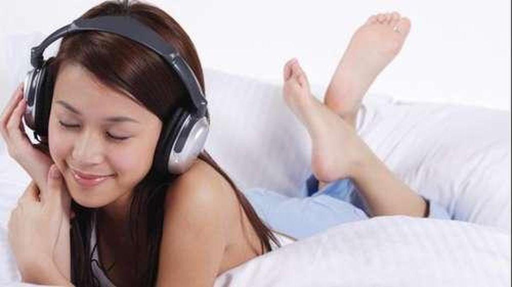 Alasan Kenapa Lagu Tertentu Mudah Menempel di Kepala