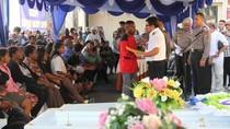 Tangis Histeris Iringi Penyerahan Jenazah Korban ke Keluarga