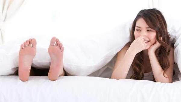 Butuh Trik Hilangkan Bau Kaki? Begini Aturan Pakai Sepatunya