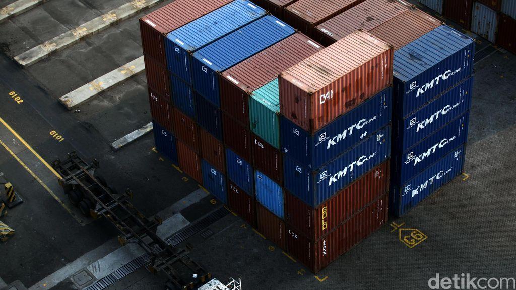 RI Paling Banyak Impor Barang dari China