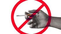 Stop! Jangan Lagi Pakai Alasan Mengantuk untuk Merokok Sambil Naik Motor