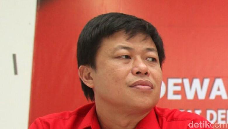 Anggota DPR Minta Airport Helper - Jakarta Video airport helper yang cuek kepada calon penumpang pesawat ramai diperbincangkan Komisi V yang membidangi perhubungan punya