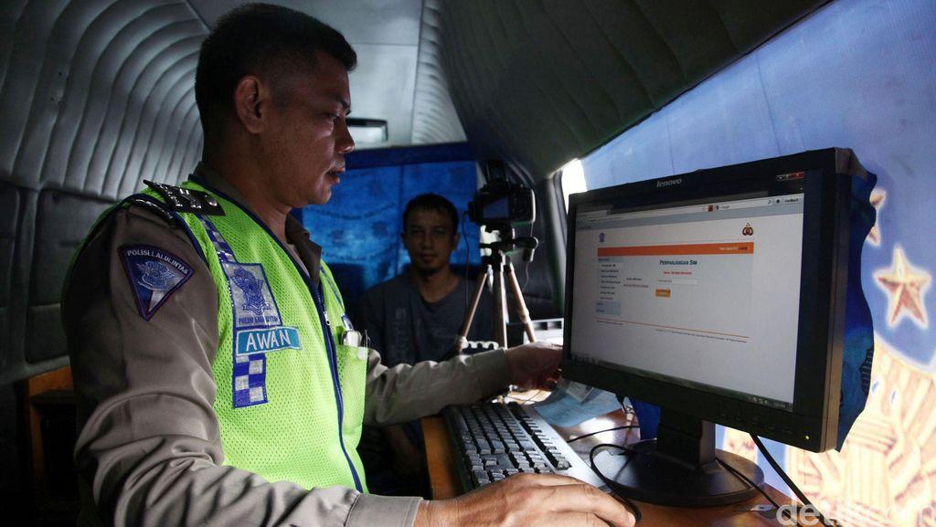 Sudah Online, Tarif SIM Masih Sama Seperti Dulu