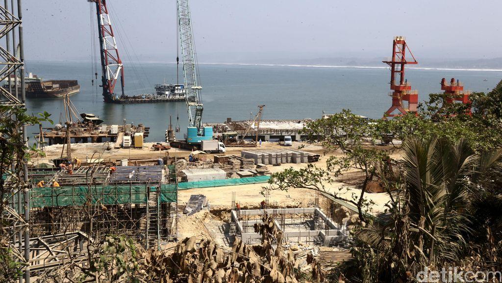 Pabrik Semen Baru di Rembang Serap Ribuan Tenaga Kerja Lokal