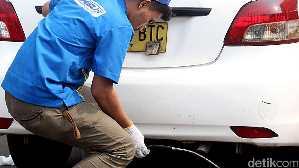 Pemerintah Tantang Produsen Otomotif Turunkan Emisi