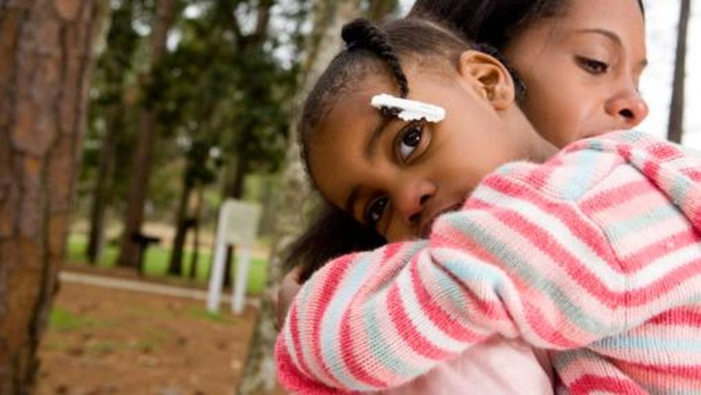 Memberi Penjelasan pada Anak Saat Orang Tuanya Dipenjara