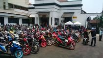 Ratusan Motor Bising Bobotoh Persib Ditilang Polrestabes Bandung