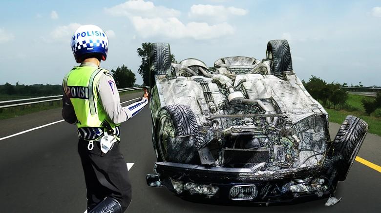 Kecelakaan di Tol Pluit KM 19, Lalin Macet Akibat Mobil Melintang
