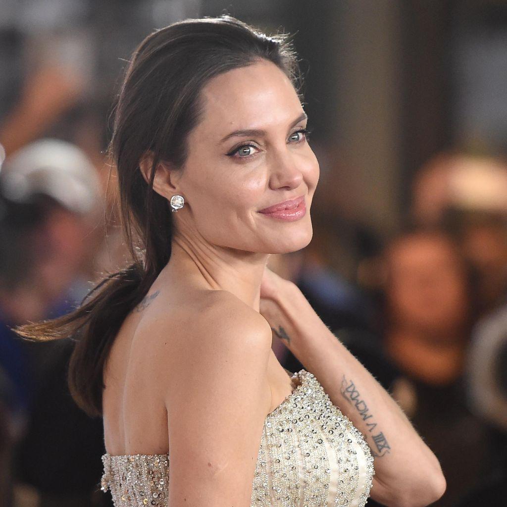 Angelina Jolie Dikabarkan Punya Kekasih Baru