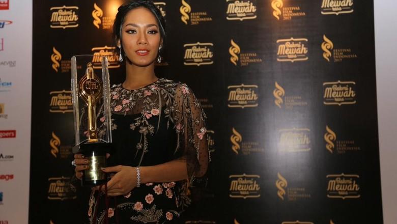 Jadi Pemeran Utama Wanita Terbaik FFI 2015, Tara Basro Siap Jajal Teater