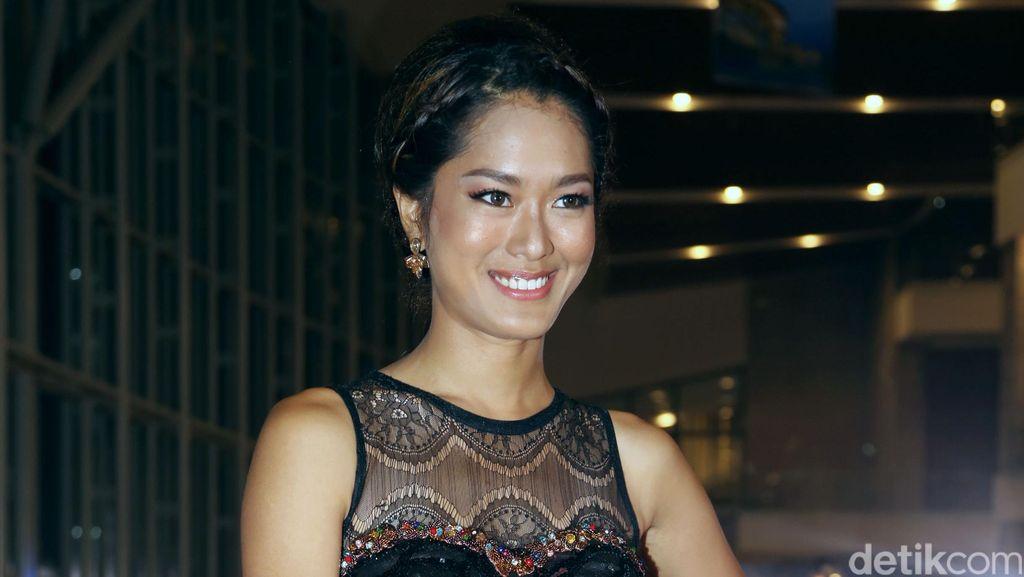 Prisia Nasution Bertarung dengan Tongkat di Sekuel Comic 8: Casino Kings
