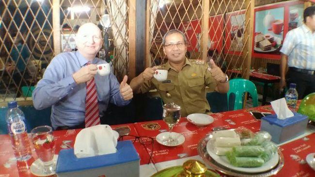 Kue Pelita Khas Makassar
