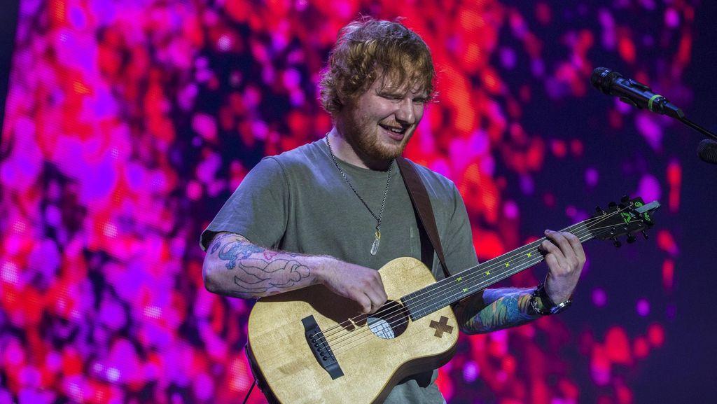 Facebook Blokir Pengguna Gara-gara Nyanyi Lagu Ed Sheeran