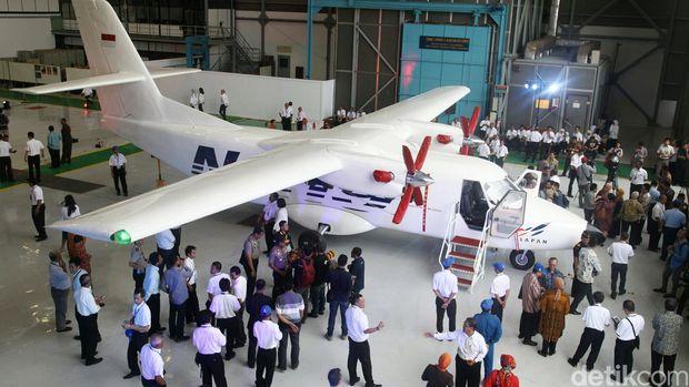 akan selalu terjadi proses iterasi antara ptdi dengan dkppu tujuan untuk mendukung terbang perdana hingga selesainya sertifikasi pesawat n219