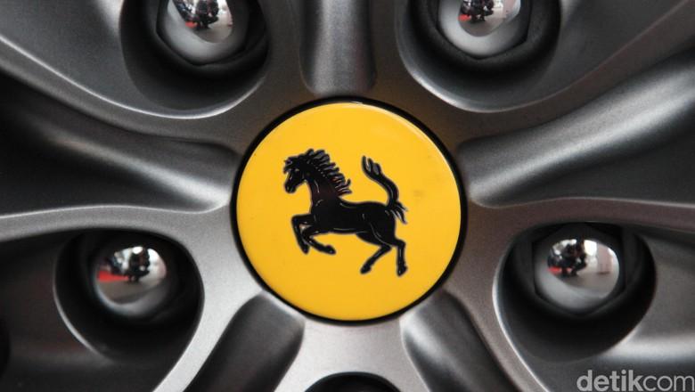 Pabrik Ferrari dan Lamborghini Palsu Digerebek di Spanyol