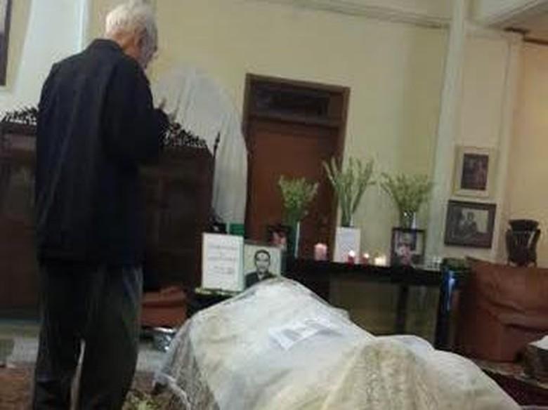 Politikus Senior Suhardiman Meninggal Saat Hendak Beranjak Tidur