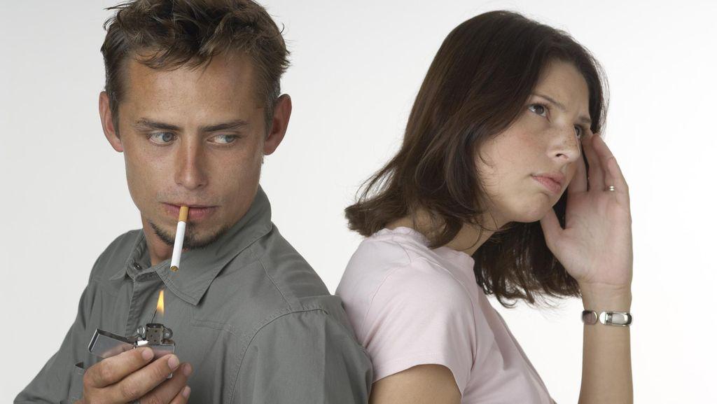 Studi: Merokok Bisa Tingkatkan Sensitivitas Terhadap Stres Sosial