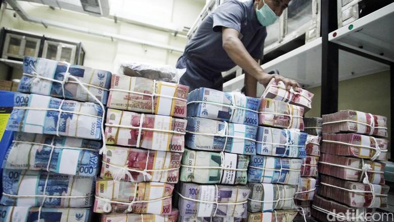 Risiko Fiskal Turun Berkat Sri Mulyani, RI Raih Investment Grade