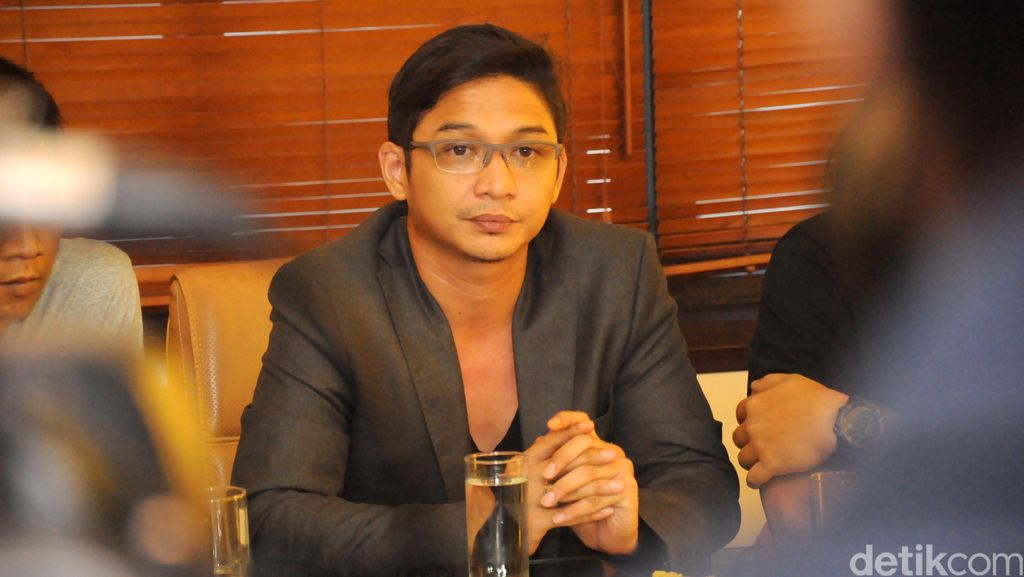 Nyanyi di Singapura Disoal DPRD Palu, Pasha Ungu: Apa Dasarnya?