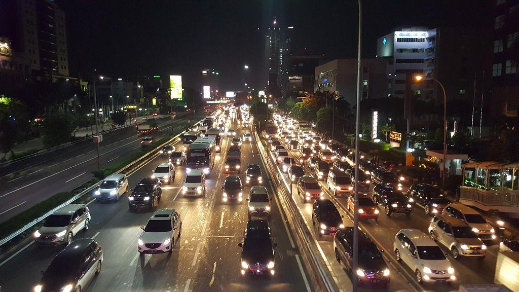 Petugas Berlakukan Buka Tutup di 3 Rest Area Tol Purbaleunyi Arah Jakarta