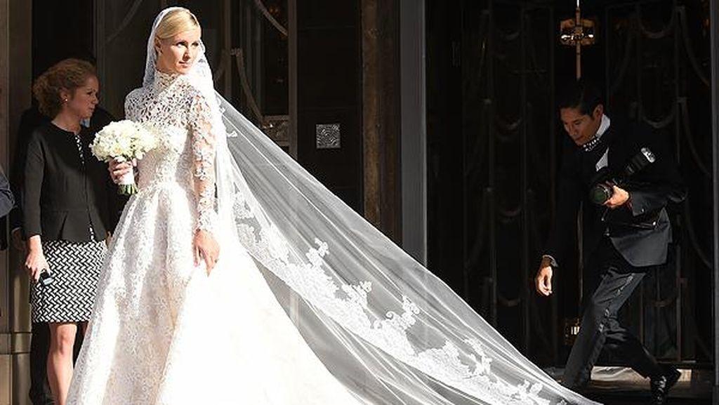 Inspirasi Gaun Pengantin dari 7 Selebriti yang Menikah di 2015
