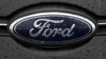 Ford Pecat CEO, Pilih Veteran dan Bos Uber Sebagai Gantinya