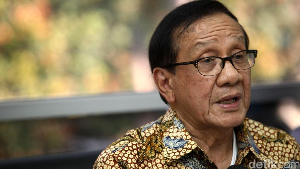 Kata Akbar Tandjung soal Novanto dan Kasus e-KTP