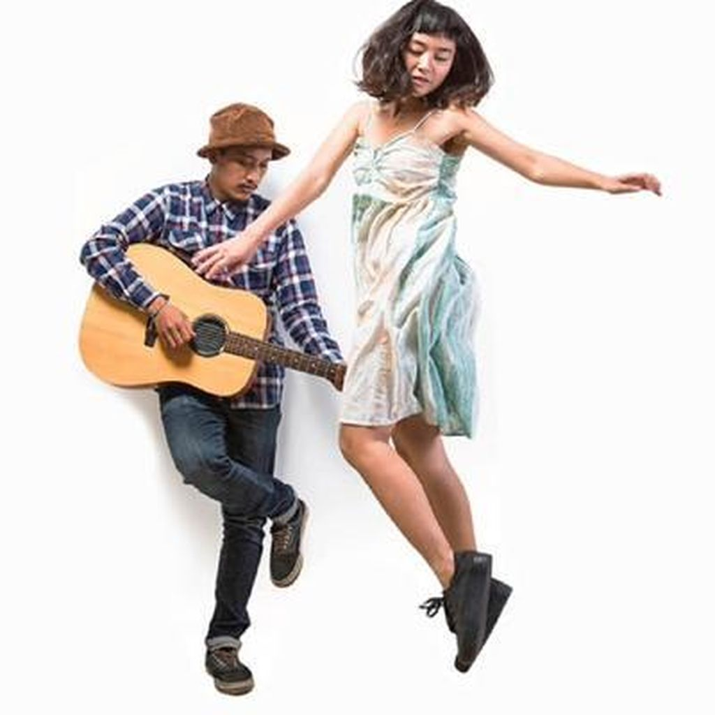 Lanjutkan Kolaborasi, Bottlesmoker dan Stars & Rabbit Buat Album Bersama