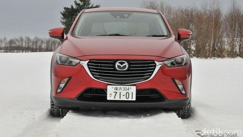 Menguji Mazda CX-3 di Atas Salju