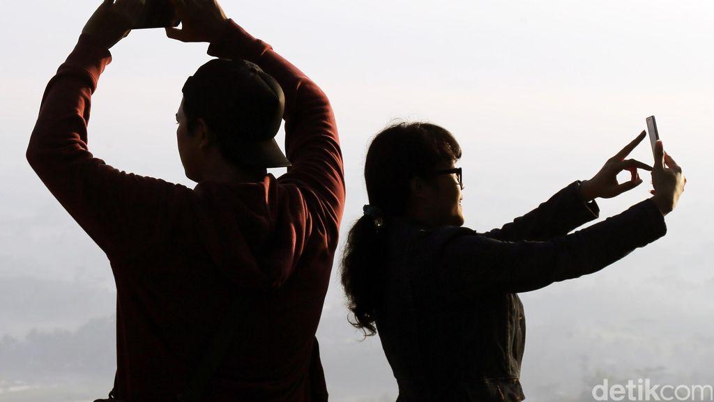 Tragis! Selfie dengan Pistol Berujung Maut