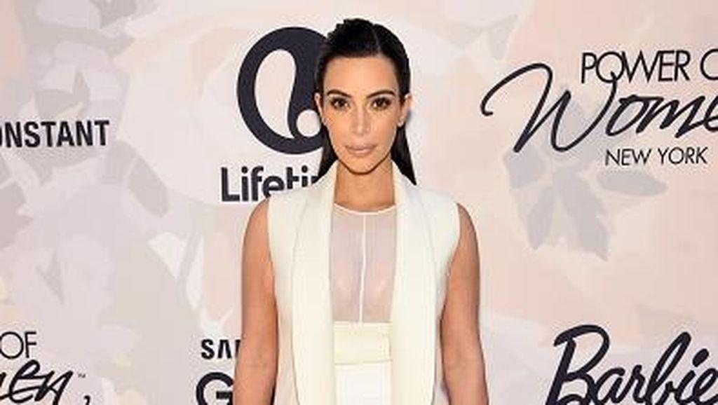 Kepopuleran Kim Kardashian Buat Prosedur Pembesaran Bokong Meningkat 252%