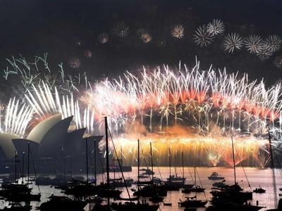 Tahun Baru di Australia: Malam di Sydney, Pagi di Bondi Beach