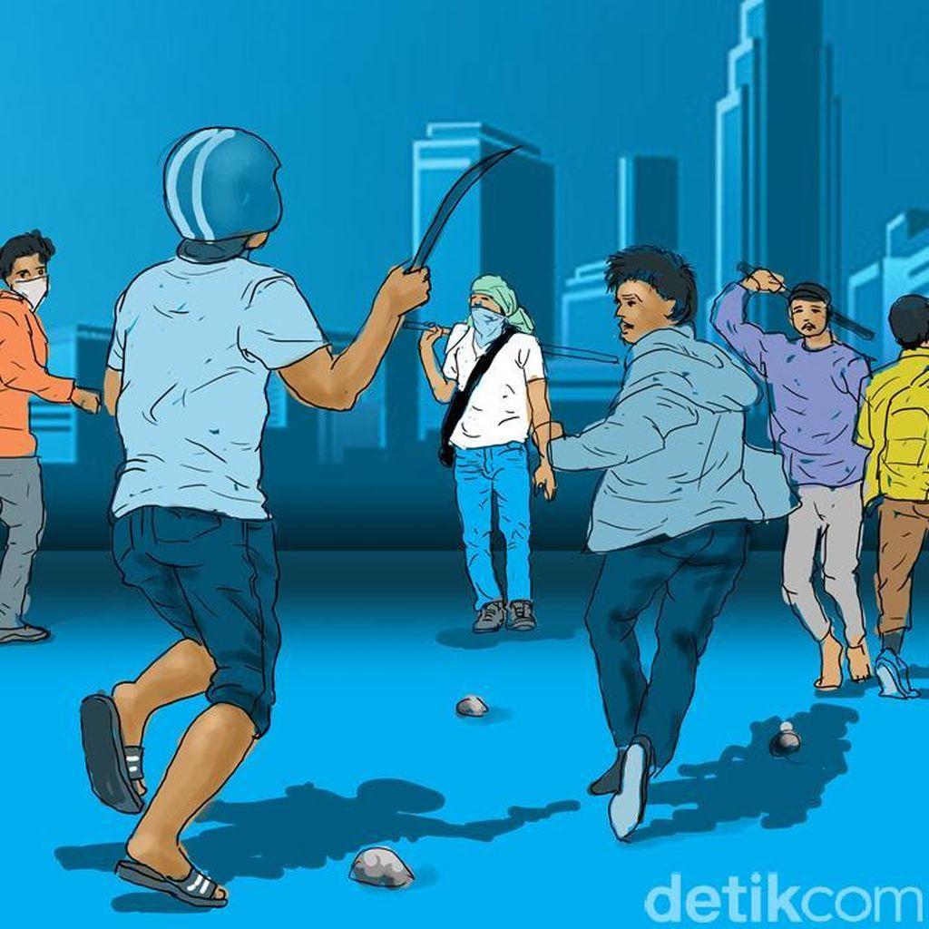 Polisi Bubarkan Tawuran Remaja di Flyover Klender Jaktim